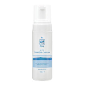 qv_face_foaming_cleanser_b_150ml